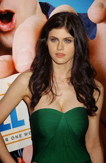 Alexandra Daddario Beautiful.jpg