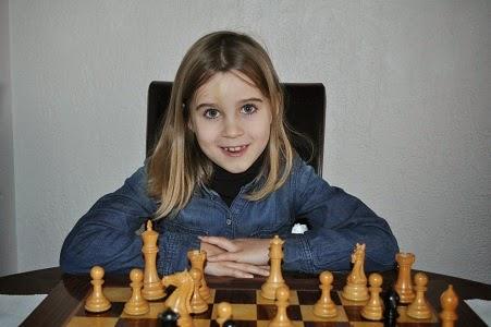 Échecs & Jeunes : Emma Fougerat