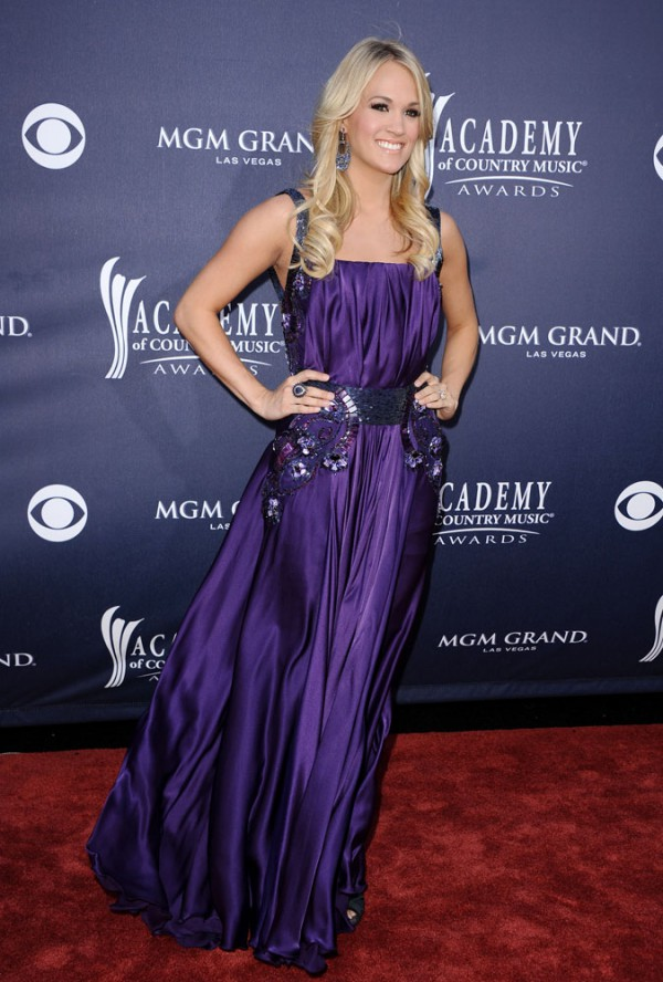 Carrie Underwood 2011 Country Music Awards-5