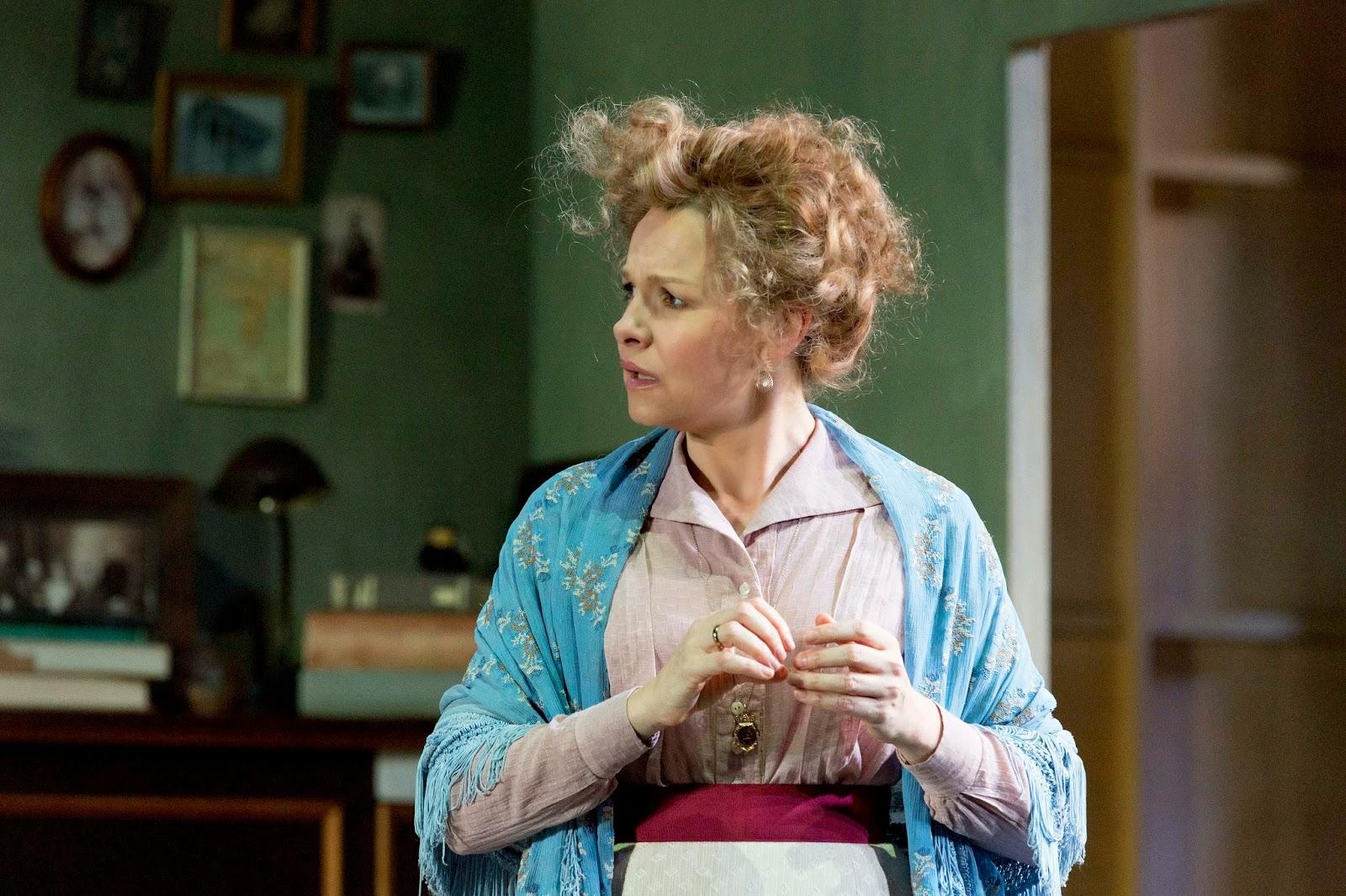 canberra critics circle  justine clarke as yelena in sydney theatre company s production of children of the sun copy brett boardman 2014