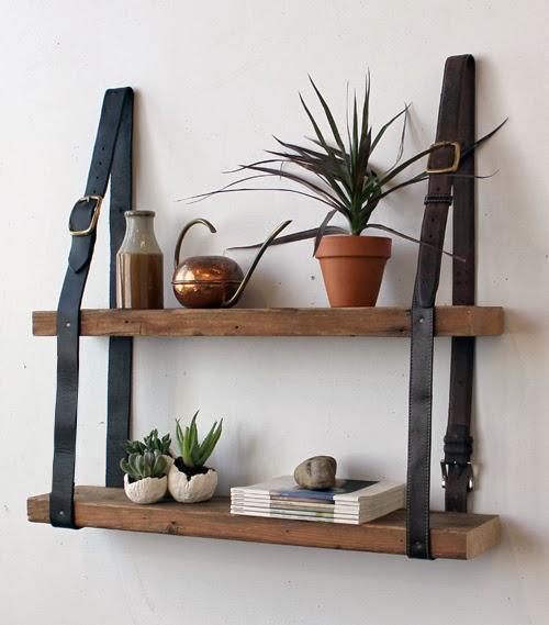 Półka z desek i paska - półka zrób to sam w recyklingowym stylu. Tutorial DIY.