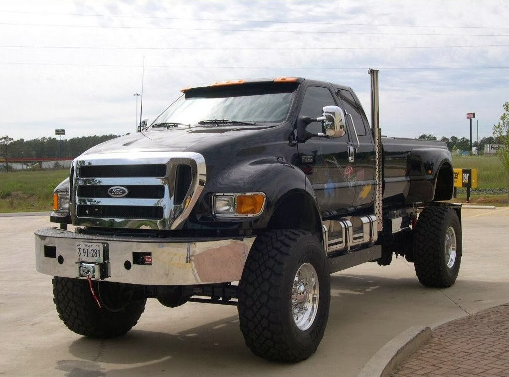 amazing things in the world extreme ford f650 super truck. Black Bedroom Furniture Sets. Home Design Ideas