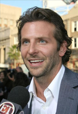 BRADLEY COOPER MEIDUM BACKWARD HAIRCUT