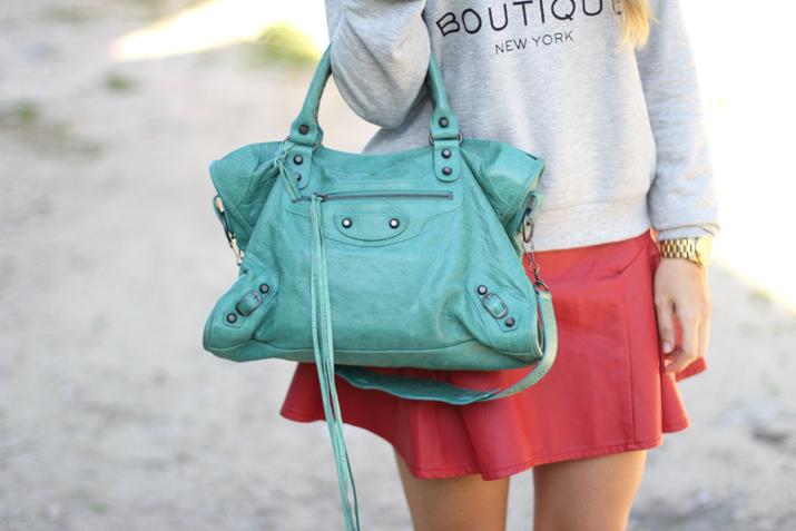Balenciaga bag blogger
