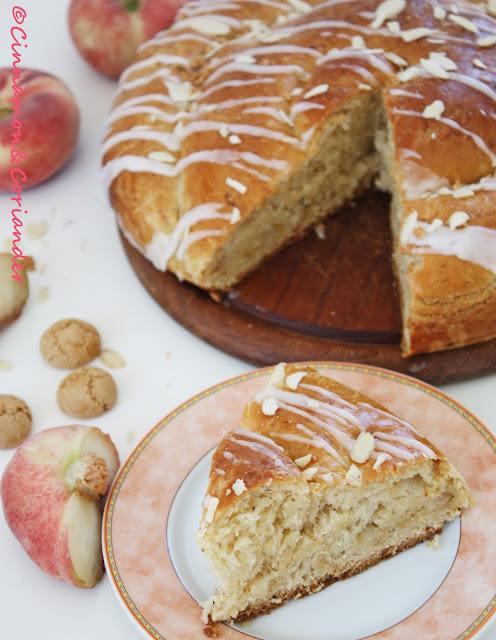 Pfirsich Marzipan Amarettini Kuchen