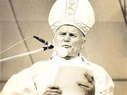 El Papa viajero está rumbo a la santidad, momento indicado para recordar sus . papa portada