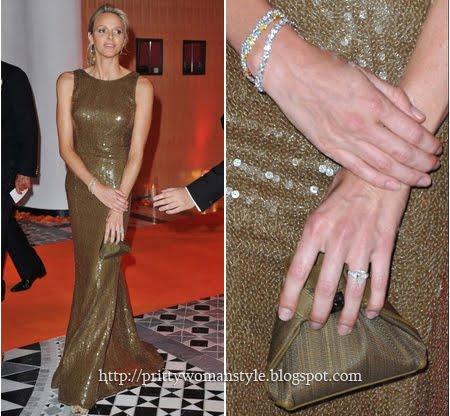 Принцесата на Монако в кафява рокля с пайети