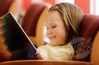 Cute child read book:)