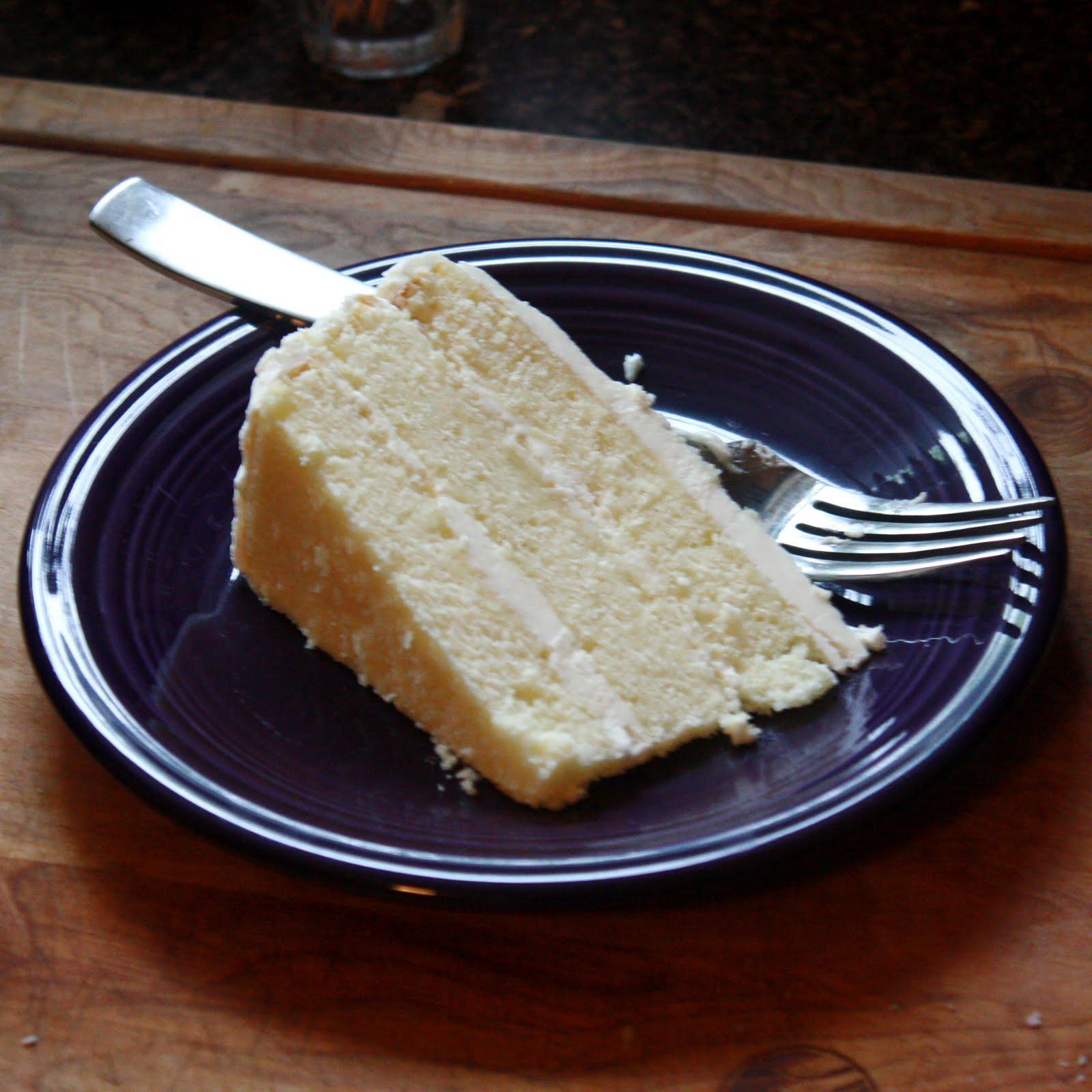 White Amaretto Wedding Cake Recipe