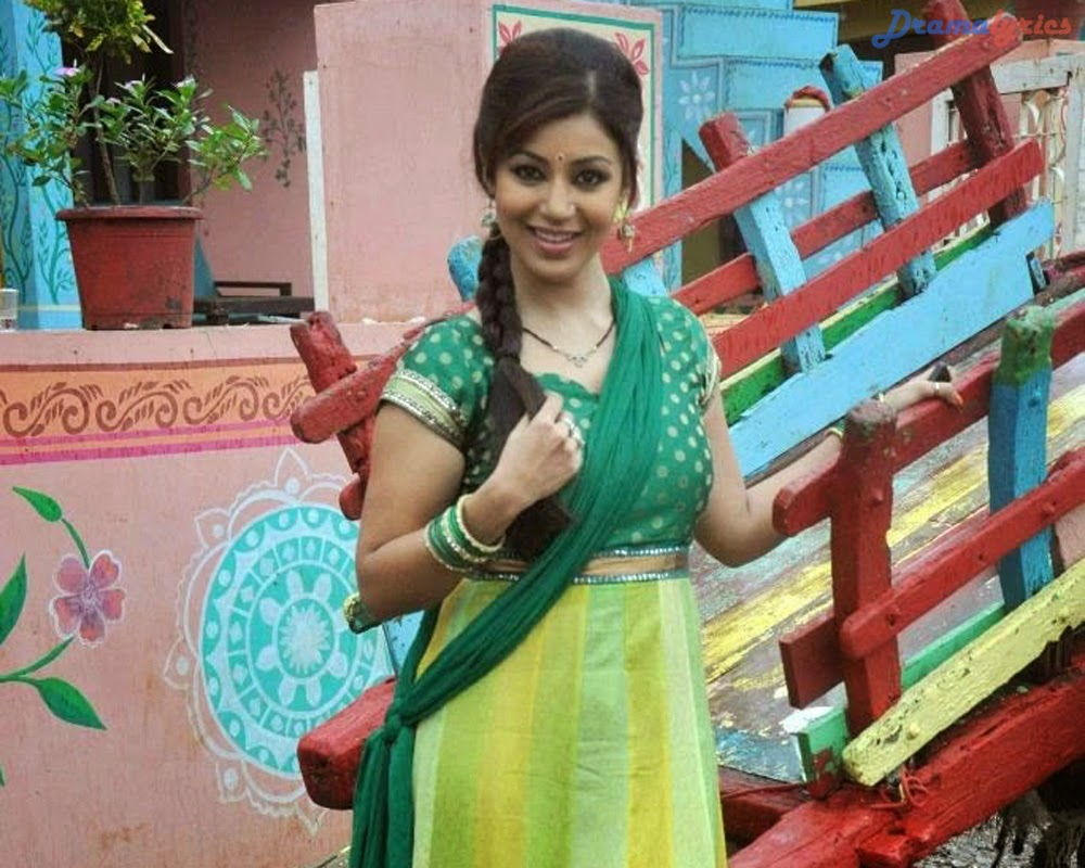 Debina Bonnerjee Drama Dancing And Smiling Wallpapers