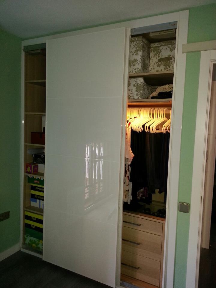 Reformas juli n montaje de un armario empotrado con - Montaje armario empotrado ...