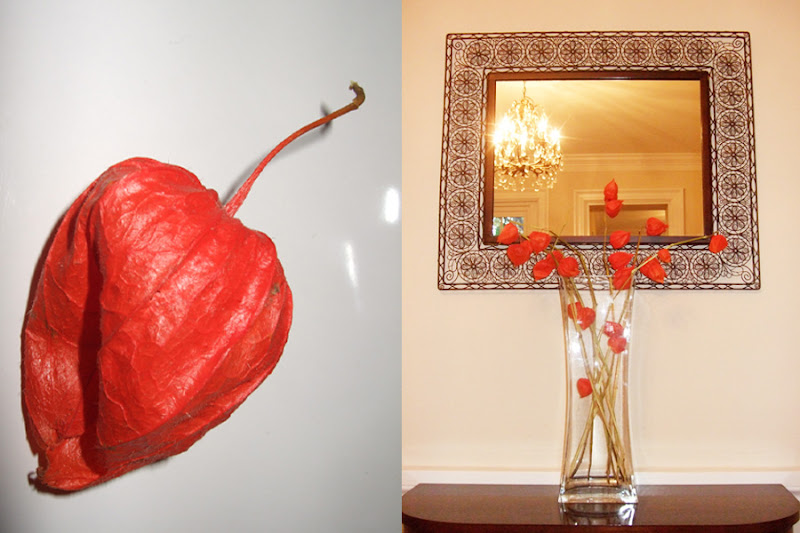Floral Arrangements with Lanterns http://navyblueshoe.blogspot.com/2011/11/perfect-fall-flower-arrangements.html