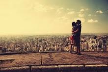 Mi mundo comienza en tus ojos y termina en tu sonrisa