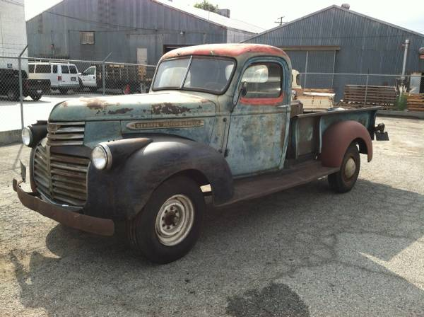 Chevy   Ton Bed Size