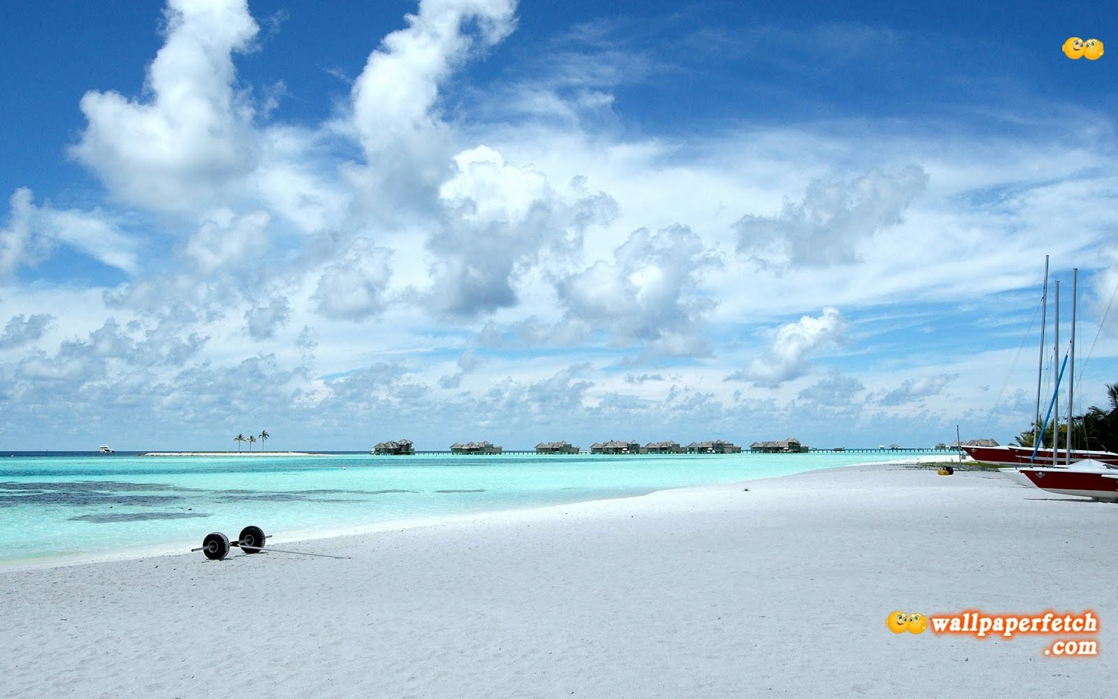http://2.bp.blogspot.com/-vtTwoU7fv30/UC6laC19eiI/AAAAAAAANmc/k7FG2Kwp2Rk/s1600/the-maldives-wallpapers_4199_1920x1200.jpg