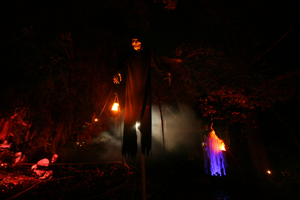 the haunted garden essay The haunted garden added 67 new photos to the album: the haunted garden at nightmare festival — with electrocute and 2 others at camp ramblewood sp s on s so s red s november 4, 2015 .