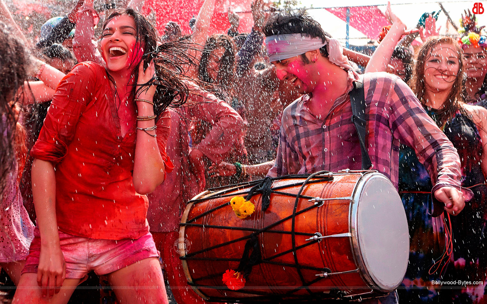 Yeh Jawaani Hai Deewani HD Wallpapers - Bollywood Bytes