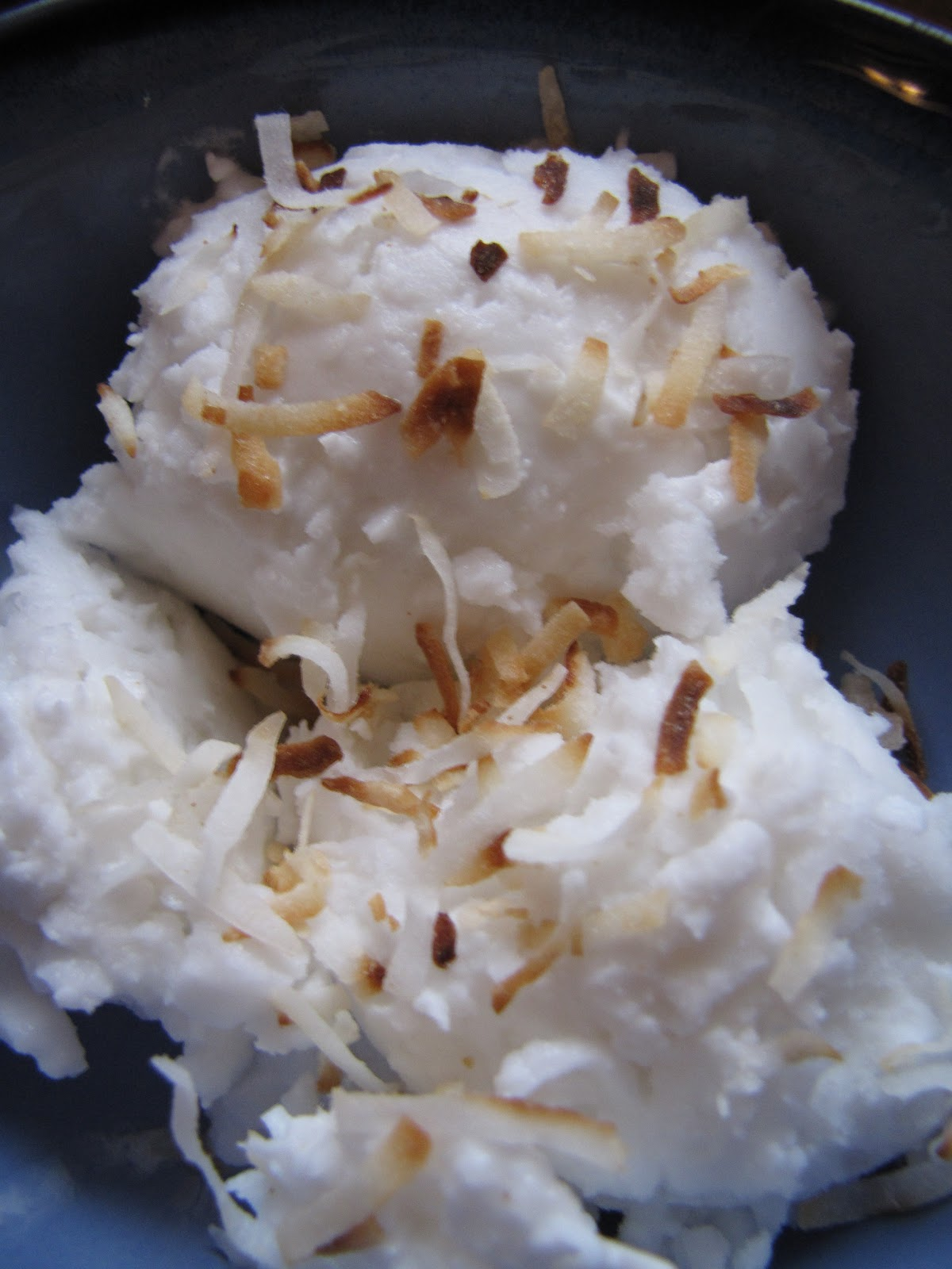 a little of this...: Coconut Ice Cream {Asian Style}