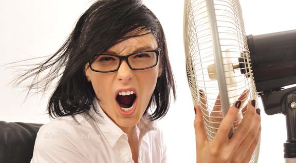 Manfaat Kipas Angin Mengatasi Gerah atau Kepanasan