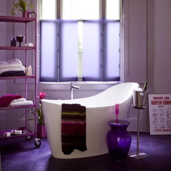 Ba os de color lila colores en casa for Sonar con cuarto de bano