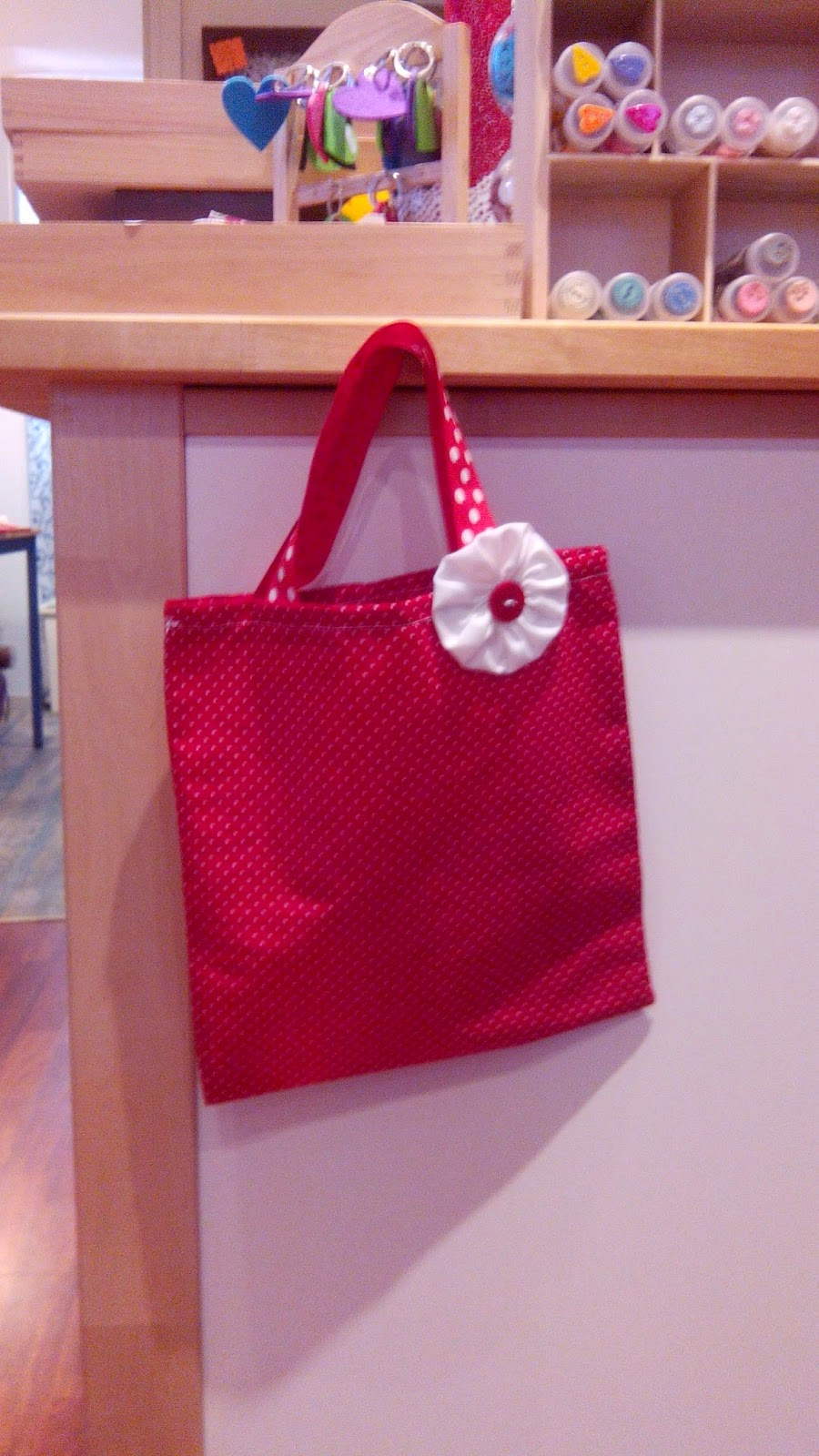 Couture en atelier sac tote bag rouge