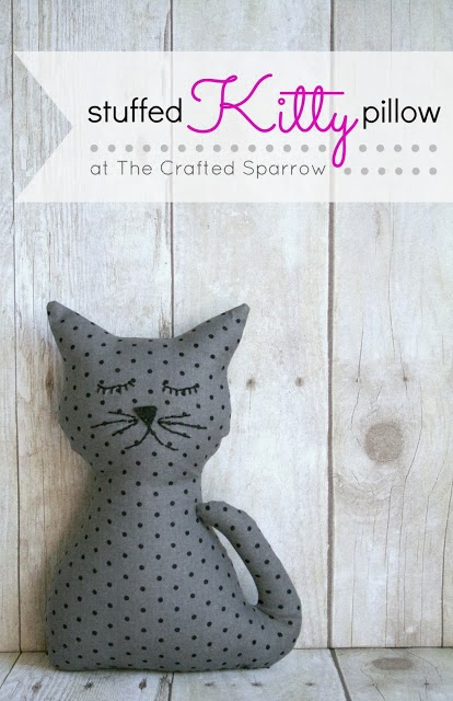http://www.thecraftedsparrow.com/2013/03/stuffed-kitty-pillow.html