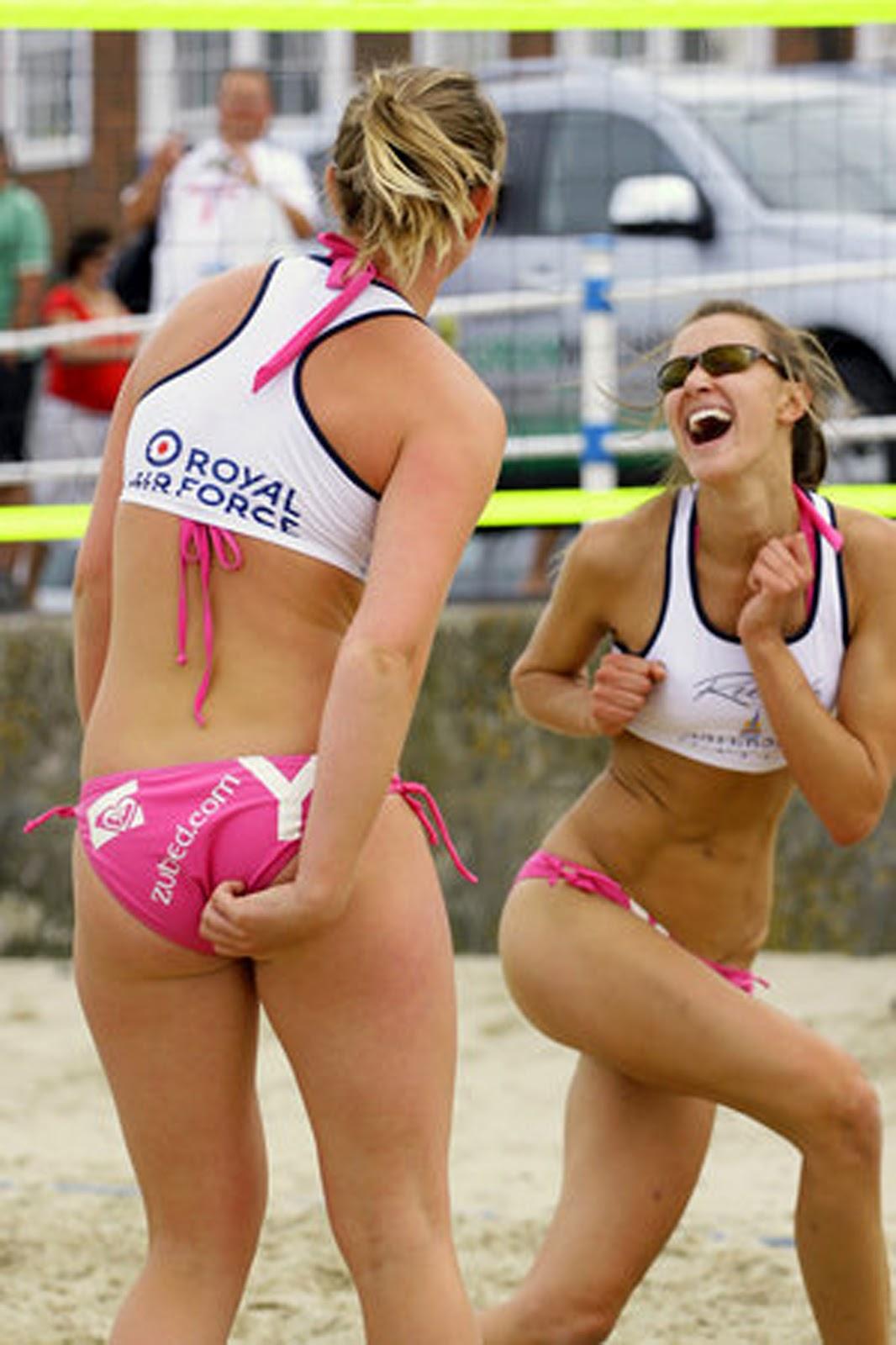 http://2.bp.blogspot.com/-vuCTuIENTgY/T0I4xMxV_vI/AAAAAAAACw0/2Qt1HJ55Ifc/s1600/Sexy-Volleyball-4.jpg