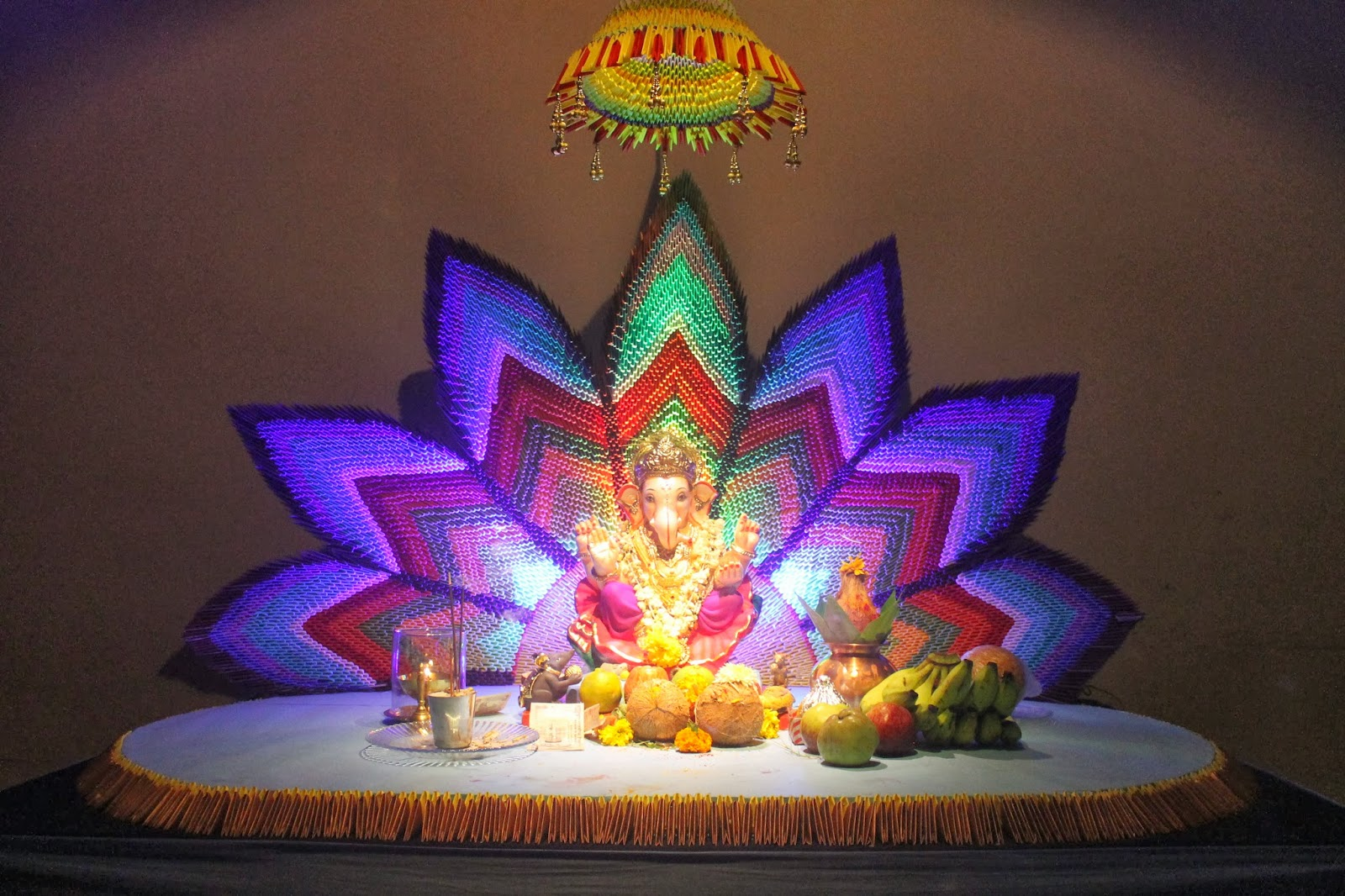 Eco friendly ganesh eco friendly decorations ideas for Background decoration for ganpati