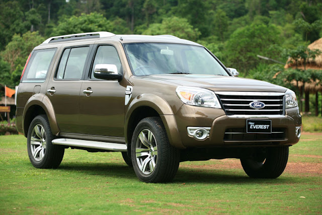 Ford Everest Diesel 4x2 AT TDCi xe 7 chỗ