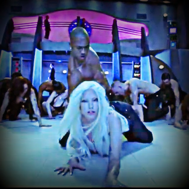 Lady Gaga GUY bent over in bottom sub space