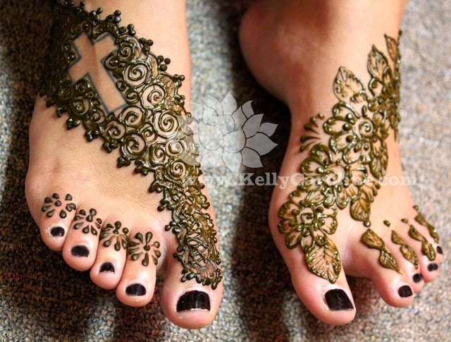 Henna Tattoos on Feet
