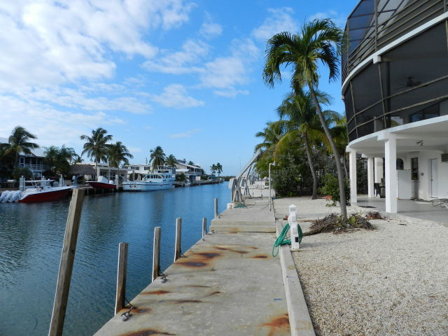 Real estate in the florida keys bank owned in venetian for Venetian shores