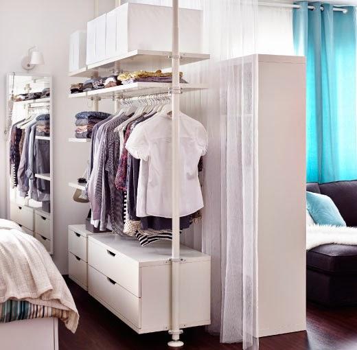 Decotips c mo dividir ambientes en un dormitorio abierto - Aislar pared ruido sin obras ...