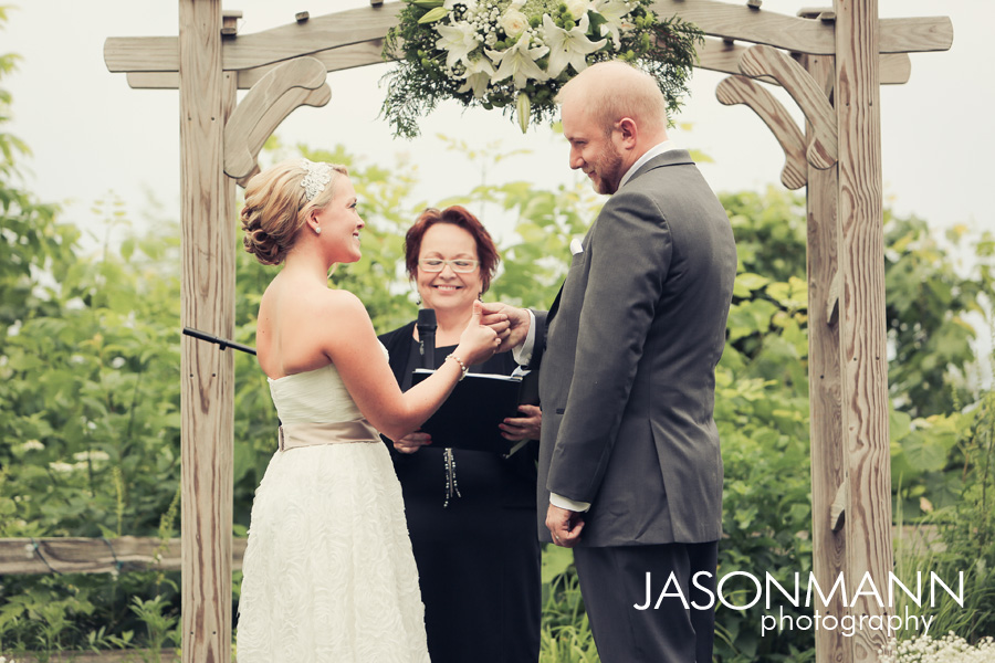 Door County wedding photography by Jason Mann Photography.