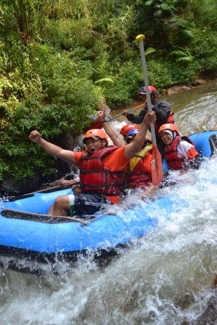 Rafting di Situ Cileunca Pangalengan Bandung