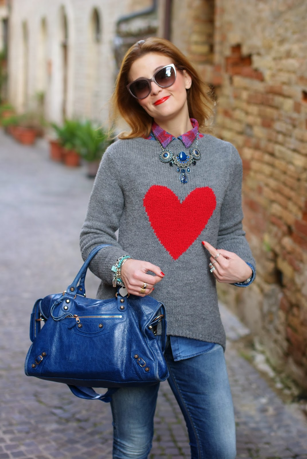 By Paprika heart sweater, Balenciaga City cobalt blue, Ruco Line boots, Fashion and Cookies, fashion blogger