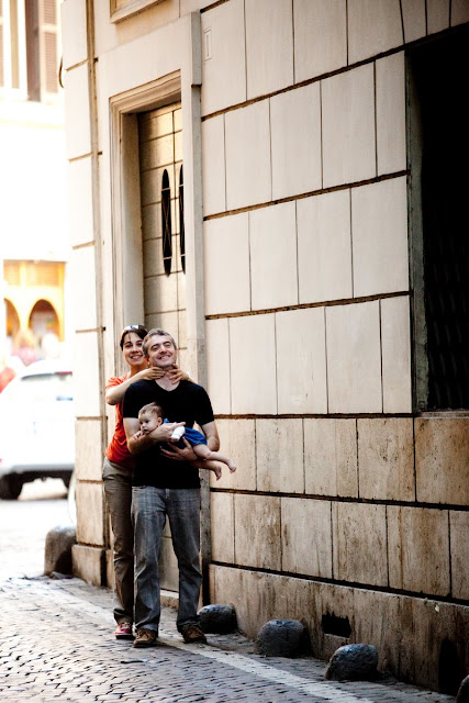 roman holiday, walk in Rome, smile, digital photography, foto blog