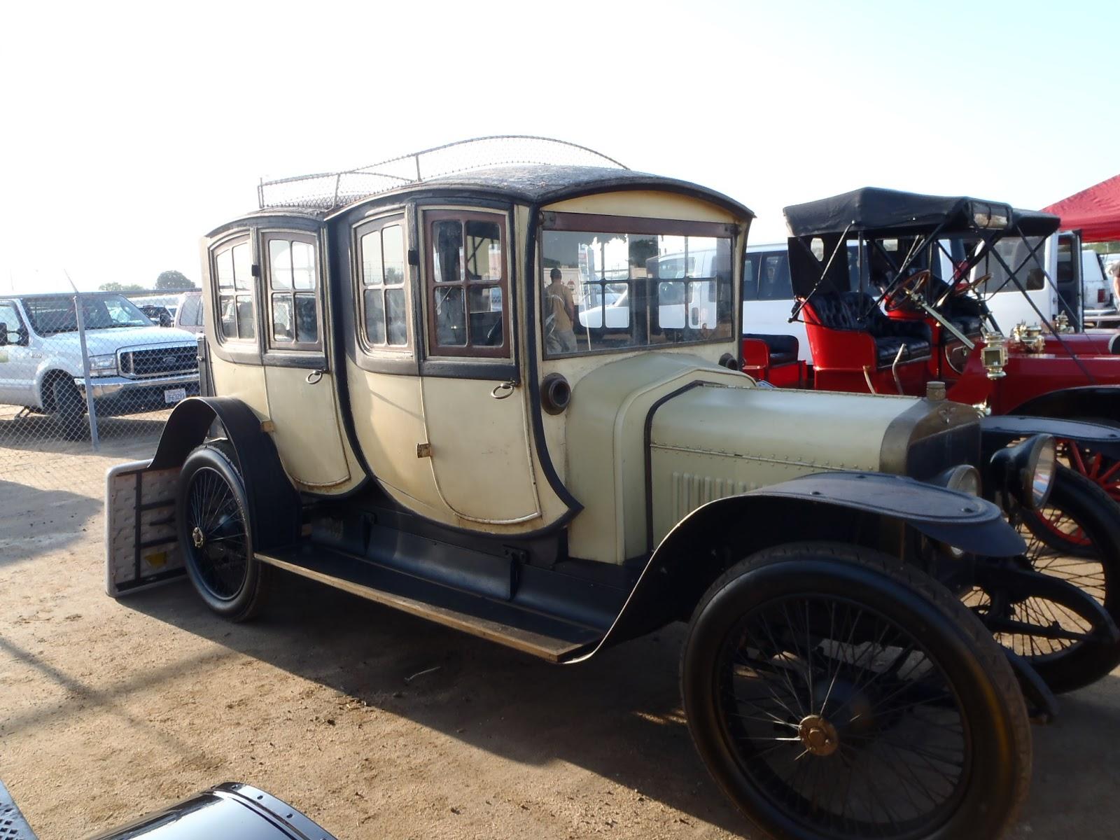 Fountainhead Antique Auto Museum: April 2013