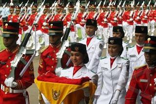 Foto Senyum Menawan Muvida Pratiwi Fallugah Cantik Vida Penerima Bendera Istana Merdeka  Jakarta