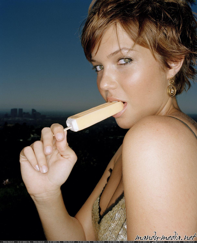 Mandy moore porn star