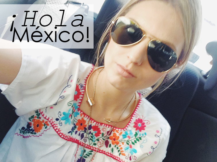 Selfie, mexican embroideres tunic, gold metal choker, ray-ban aviators