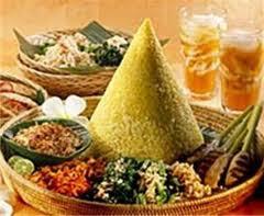 resep-nasi-tumpeng-nasi-kuning