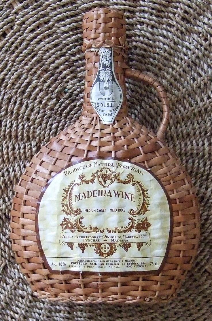 madeira. fiasco, vino, isola, portogallo, packaging, design, etichette, bottiglia, grafica