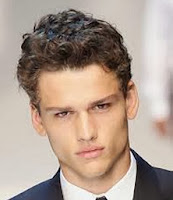 Curly Hair Styles in Men-4