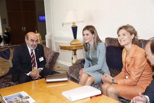 Queen Letizia meets Tony Lake, the Executive Director of UNICEF