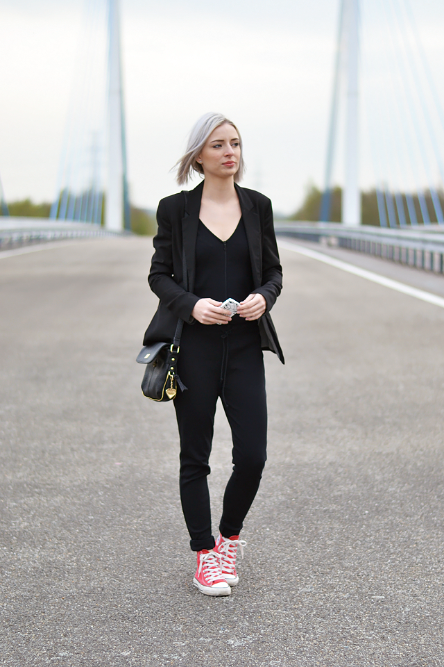 Belgian blogger, belgische blogger, mode blogger, belgie, belgium, jumpsuit, outfit, how to wear, zara, pollock iphone case