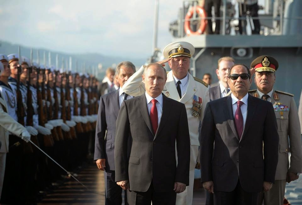 بالصور.. تعرّف على الأسلحة التي عرضتها روسيا على السيسي