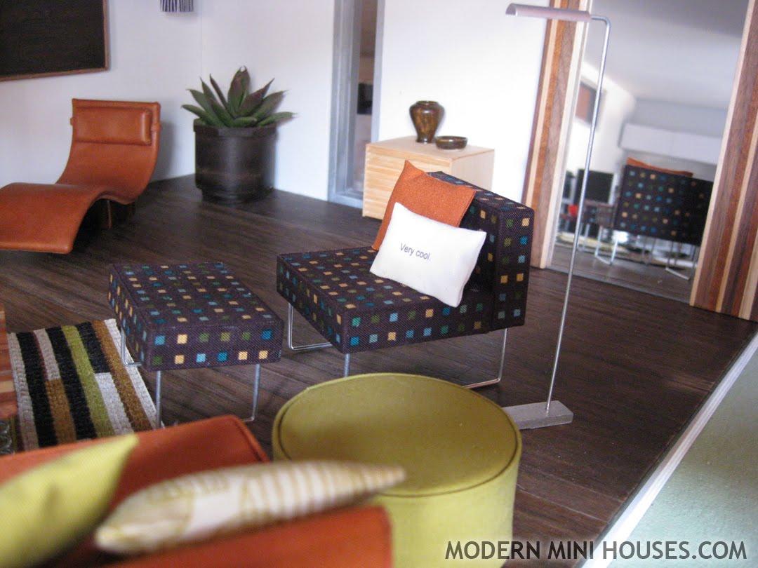 Modern mini houses for Very modern living room