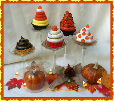 alt=&quot;Fall Faux Cupcake tutorial Decor Mini Cupcake stands&quot;