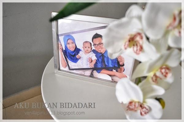dan sekeping frame gambar gambar kami 3 beranak..